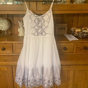 Guess White Embroidered Dress